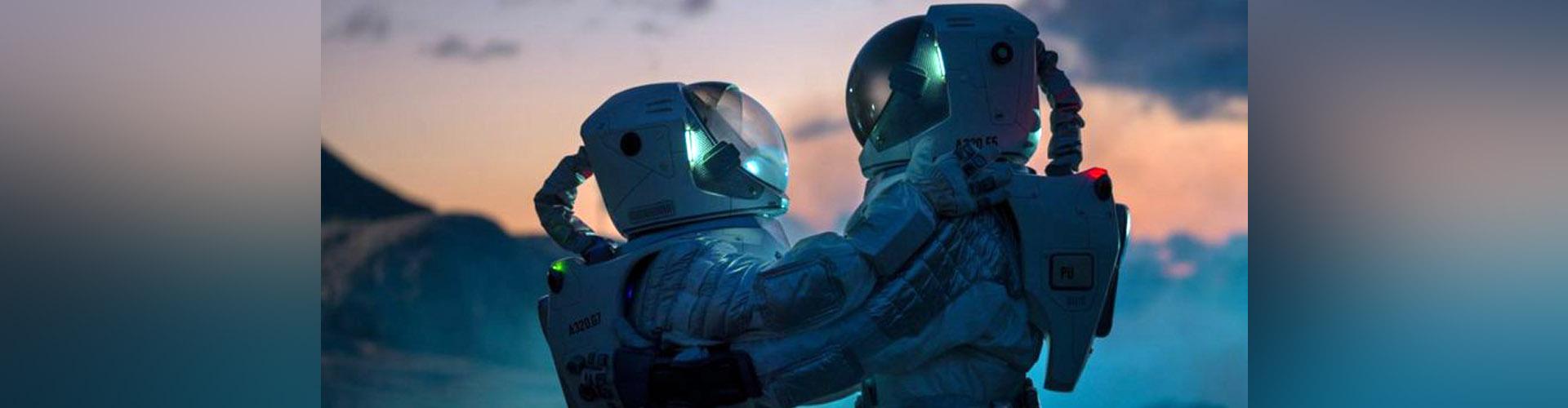 """Qué es la """"sexología del espacio"""" y por qué expertos buscan que las misiones espaciales aborden el deseo de los humanos fuera de la Tierra"""